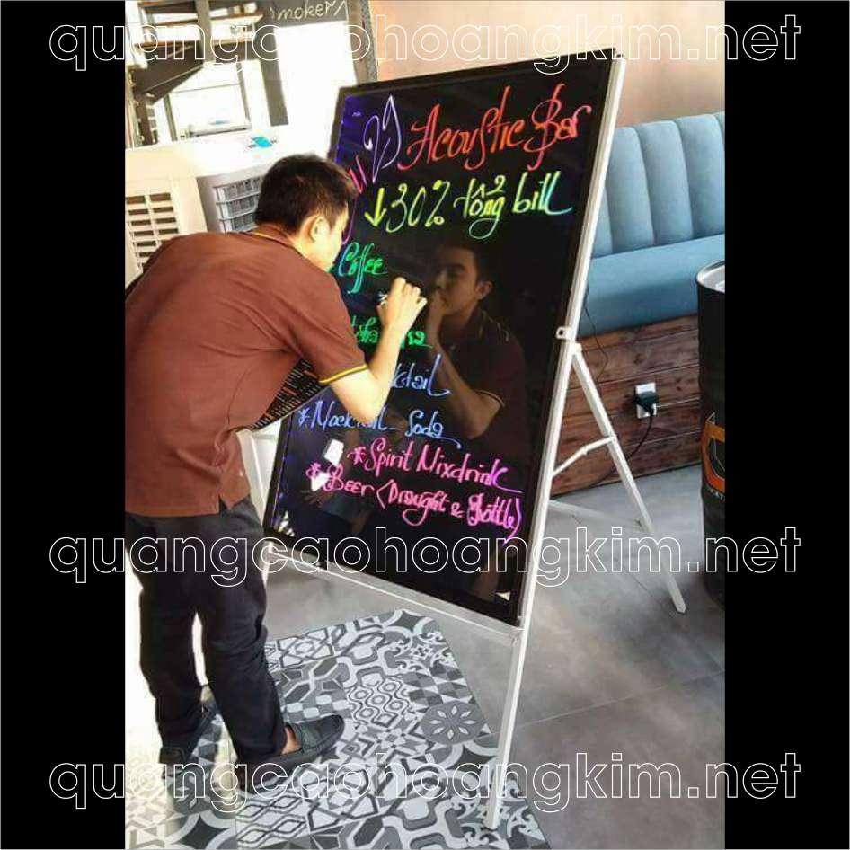 bang led huynh quang viet tay cafe dep 17 - BẢNG LED HUỲNH QUANG VIẾT TAY BỀN, ĐẸP, ĐỘC, LẠ, HIỆN ĐẠI